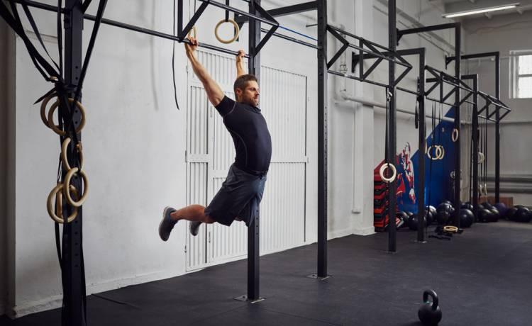 Umění pohybu – část čtvrtá: nad hrazdu